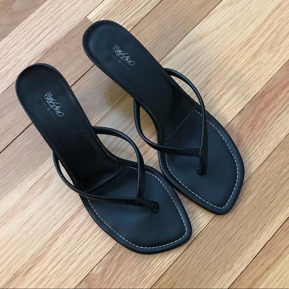 Shoes Black Thong Kitten Heel Sandals Poshmark